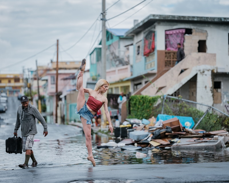 <a href=https://mymodernmet.com/omar-robles-hurricane-maria-puerto-rico/ target=_blank >Powerful Photos of Ballet Dancers in Puerto Rico 5 Months After Hurricane Maria</a>